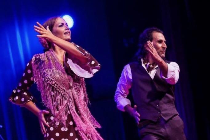 Flamenco-Tanzpaar (Musik vom Band)